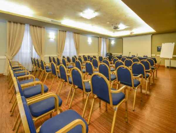 Affitta sale meeting di Hotel Master a Brescia