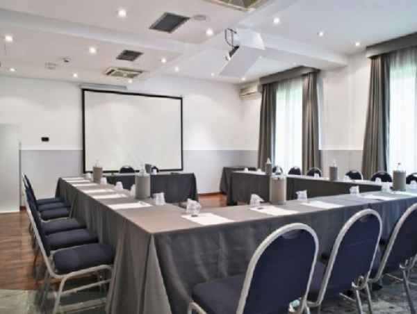 Affitta sale meeting di Hotel Studios a Cologno monzese