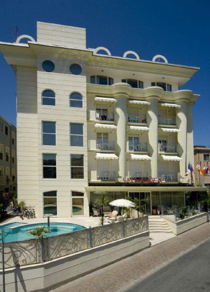 Best western hotel la gradisca affitta sale meeting e for Cieffe arredi di chiappini federico rimini