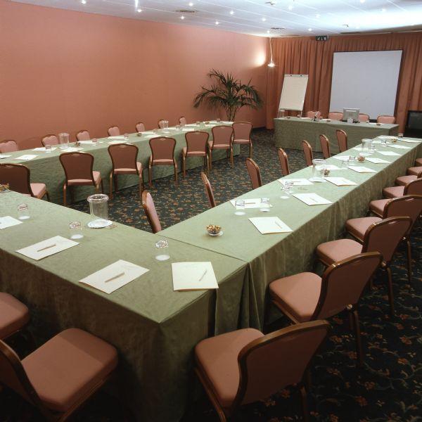 air hotel milano linate affitta sale meeting e riunioni a