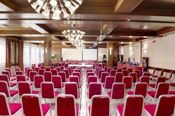Sale Riunioni Padova : 54 sale meeting padova centri congressi e riunioni