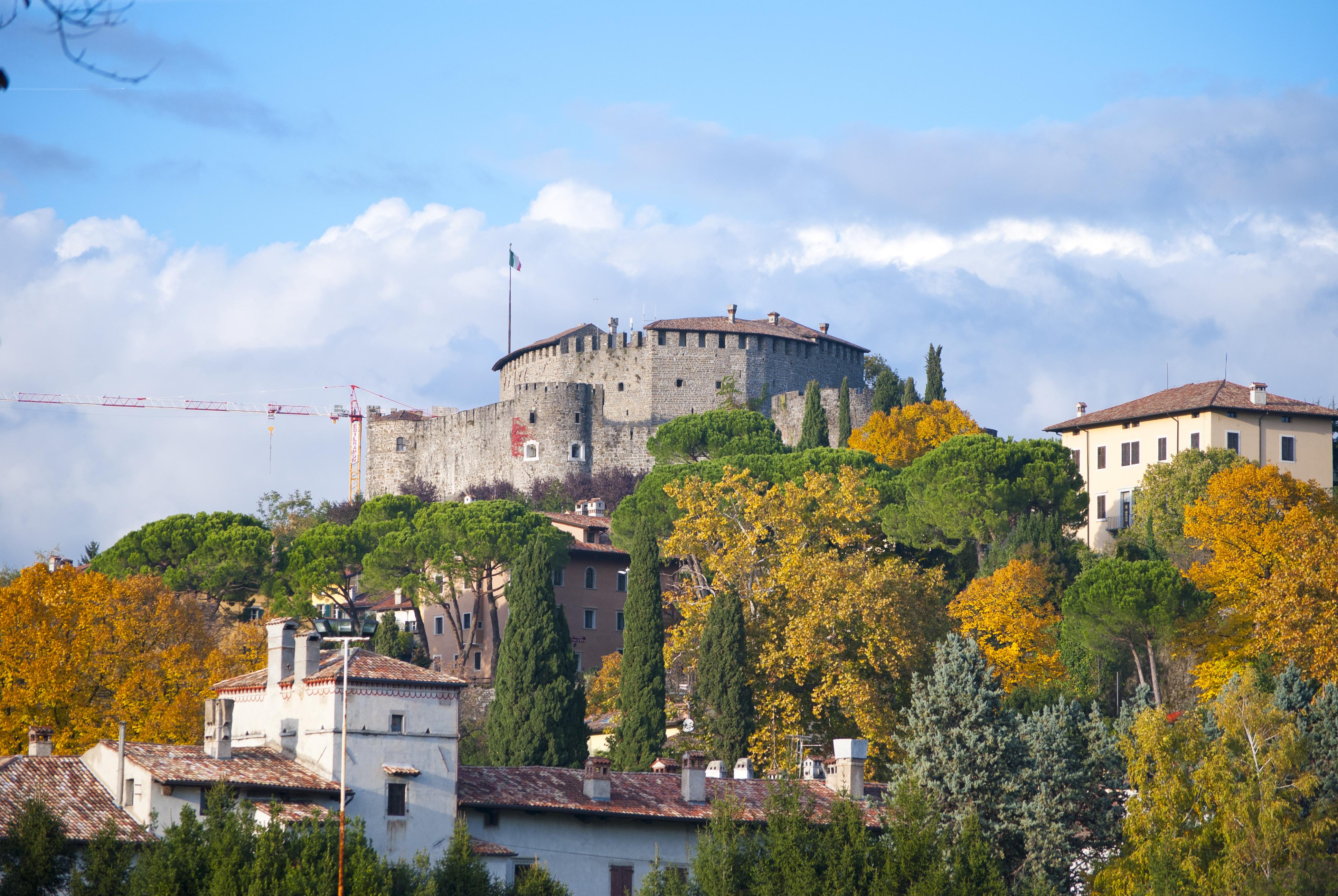 Ufficio Del Lavoro Gorizia : Appartamenti a gorizia appartamento borgo castello gorizia